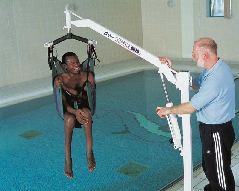 oxford dipper swimming pool hoist